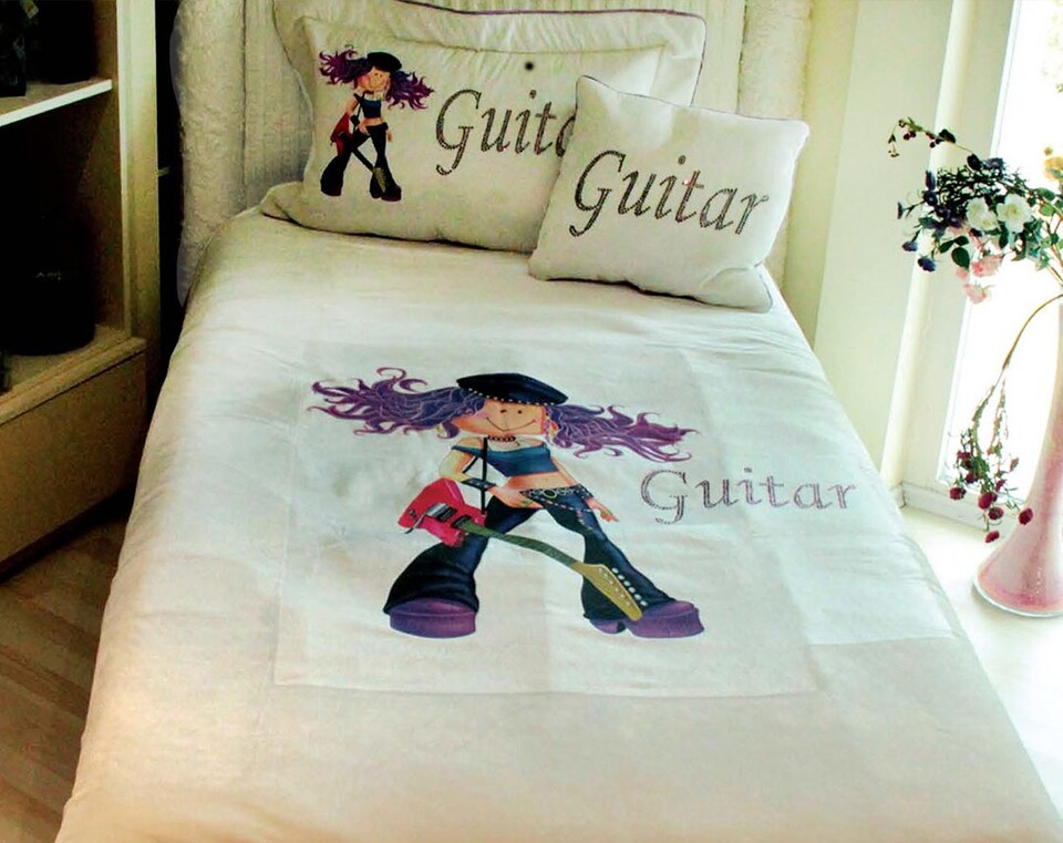 EVCİLİK - Guitar Printed Single Bedspread in Cream For The Girls
