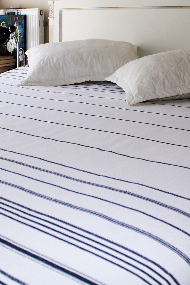 EVCİLİK - Peshtamal Weaving Organic Multipurpose White with Navy Blue Stripes